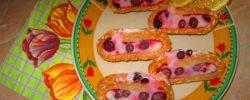 Recepty: Mražená roláda se smetanou a ovocem