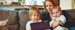 Práce z domova s dětmi je náročná, protože chtějí vaši pozornost