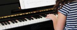 Je vaše dítě muzikální? Vyberte mu správný hudební nástroj!